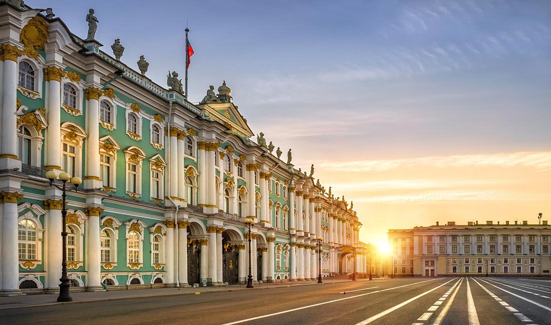 летний отпуск в Санкт-Петербурге